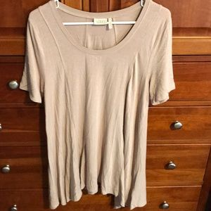 LOGO tunic top
